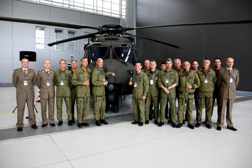 Elicottero 90 : Primo elicottero nh tth foc stella d italia news