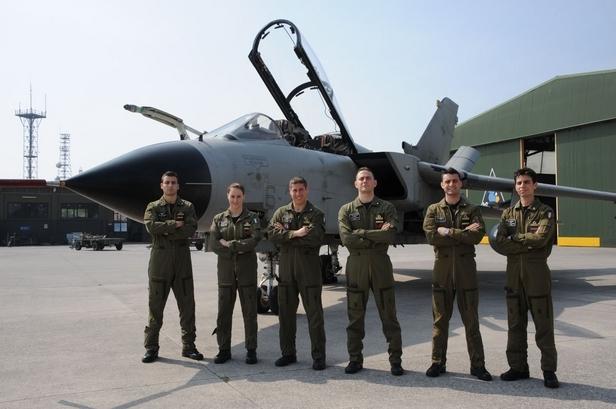 Aeroporto Ghedi : Aeronautica militare pronti nuovi equipaggi tornado