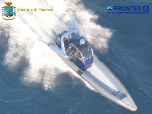 Operazione aeronavale internazionale antidroga nel Mar Ionio