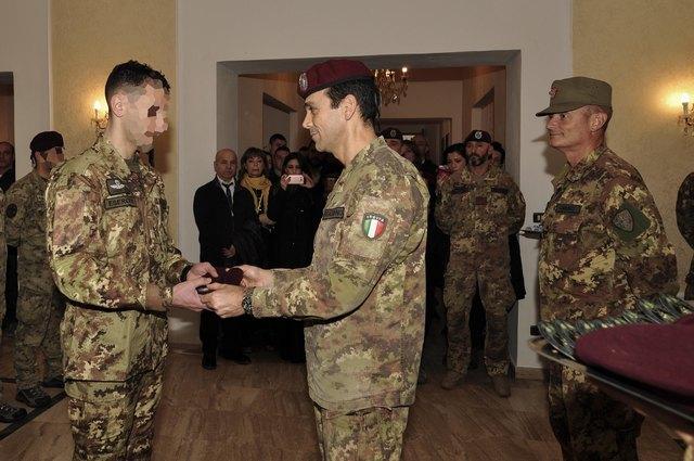 Il corpo di commissariato dell esercito compie 201 anni stella d 39 italia news - Gonfalone mobili roma ...