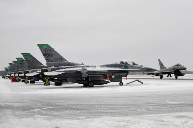 ESTONIA: IL 52° MISSION SUPPORT GROUP DELLA US AIR FORCE INCONTRA IL PERSONALE DELLA TFA 36° STORMO
