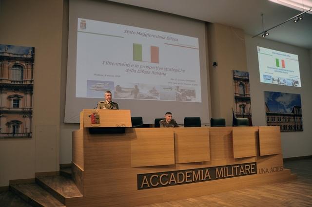 Il Generale D'Addario in Accademia Militare