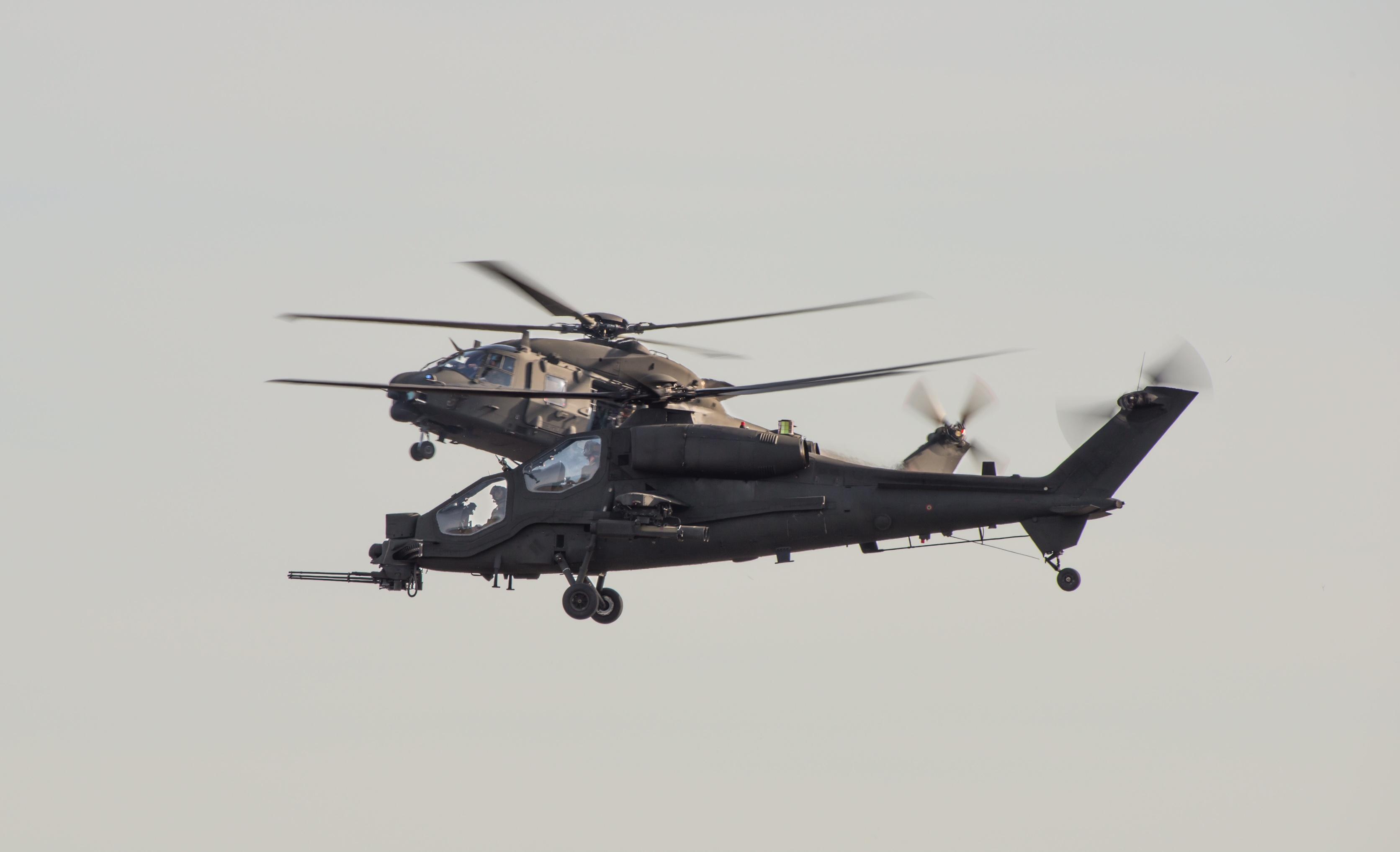 Elicottero Gdf : New ray ny elicottero nh guardia di finanza modellino