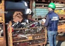 CARABINIERI DEL NOE DI ALESSANDRIA SEQUESTRANO TREMILA TONNELLATE DI RIFIUTI PLASTICI STOCCATI ILLECITAMENTE