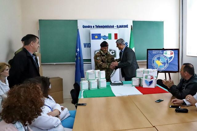 MISSIONE IN KOSOVO: DONAZIONE DI FARMACI PER LA POPOLAZIONE