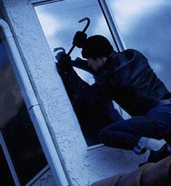 Bisceglie (BA) - Sventato un furto in due appartamenti