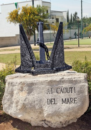 Vernole (LE): Inaugurato il Monumento ai Caduti del Mare
