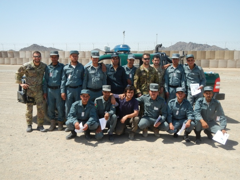 Afghanistan: terminato il corso sui check point svolto dai carabinieri a favore della polizia locale