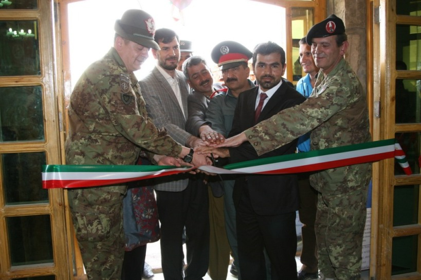 Afghanistan: lo 'Spring Market 2013' – iniziativa benefica presso la base di 'Camp Arena'