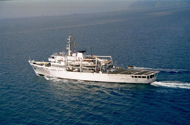 Nave Magnaghi scandaglia il Canale di Sicilia