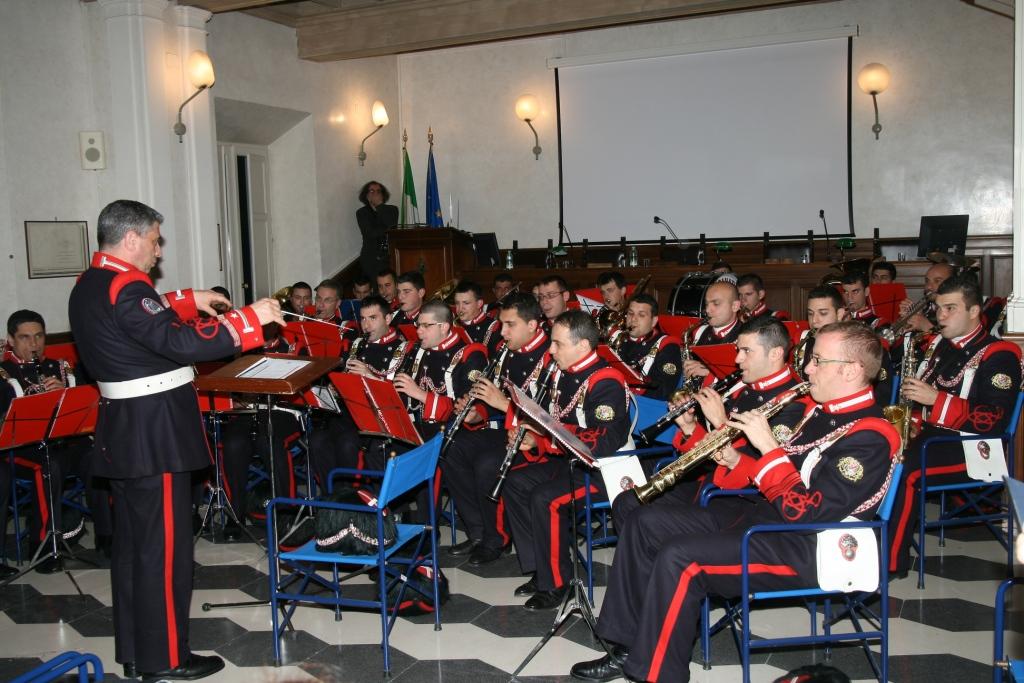 Santa Croce Effetto Notte: la Granatieri inaugura con la musica