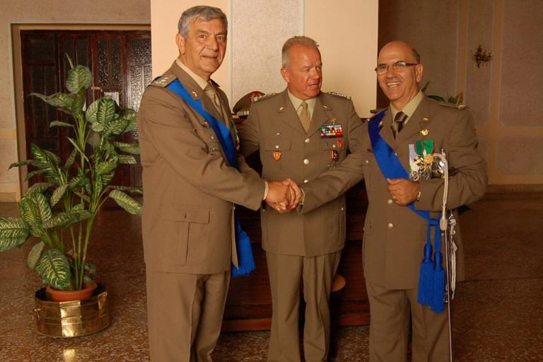 Il Generale Madeddu nuovo comandante in Puglia