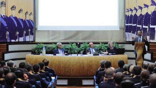 Incontro tra il capo della Polizia e il segretario generale Interpol