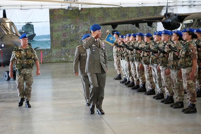 Nuovi piloti e specialisti all' Aviazione dell'Esercito
