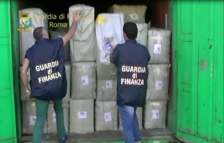 Sequestrati sei milioni e settecentomila prodotti contraffatti o pericolosi. In un capannone rinvenuti cosmetici nocivi per la salute, in un altro abbigliamento contraffatto.