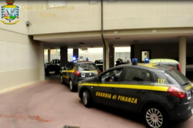 Frode fiscale di circa 60 milioni di euro perpetrata da consulenti fiscali 7 arresti, 49 indagati e sequestro conti correnti e immobili per oltre 10 milioni