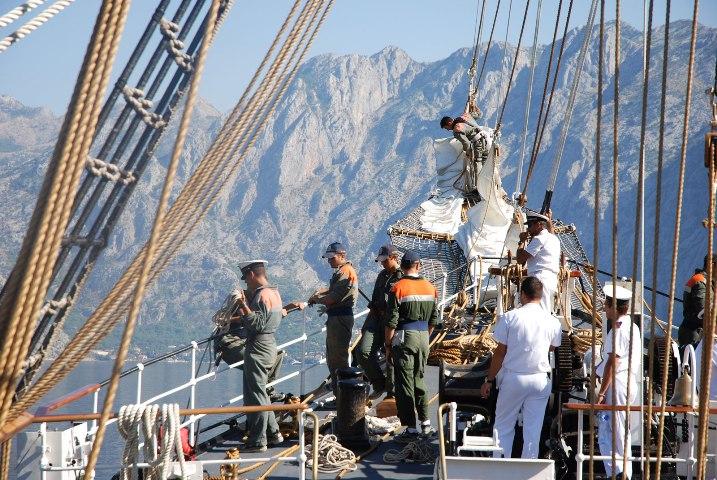 Nave Palinuro in Adriatico: sosta a Ortona
