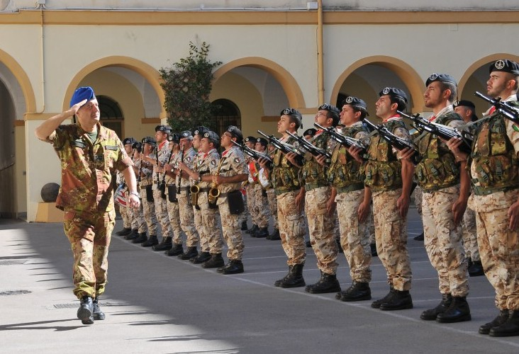 """Visita del Comandante delle Forze Operative Terrestri Alla Brigata """"Sassari"""""""