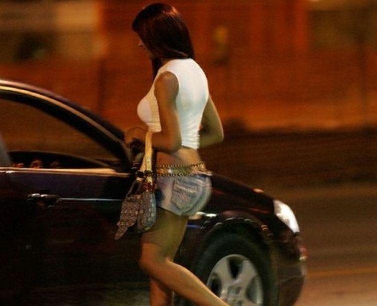 Roma: prostitute sfruttate, 9 arresti
