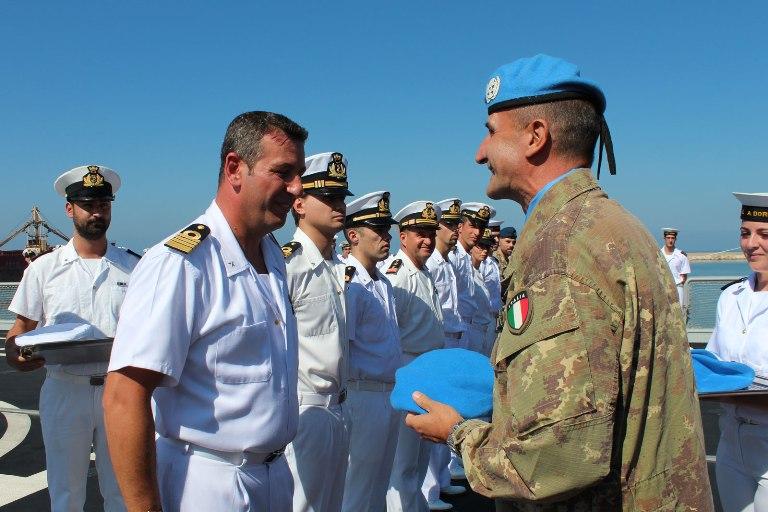 Consegnata la Bandiera dell'ONU a al cacciatorpediniere Andrea Doria --