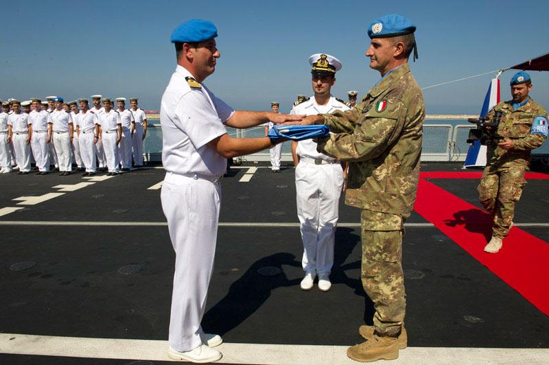 Consegnata la Bandiera dell'ONU a al cacciatorpediniere Andrea Doria