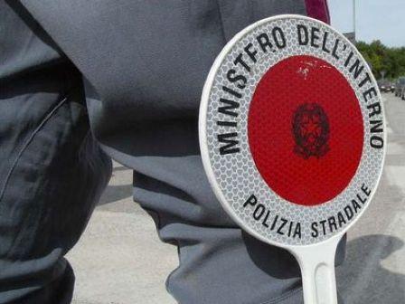 LA POLIZIA STRADALE ARRESTA CONDUCENTE DI UN TIR CON QUASI 700KG DI HASHISH.
