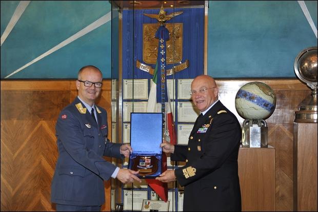 Visita del Comandante delle Forze Aeree Norvegesi in Italia-