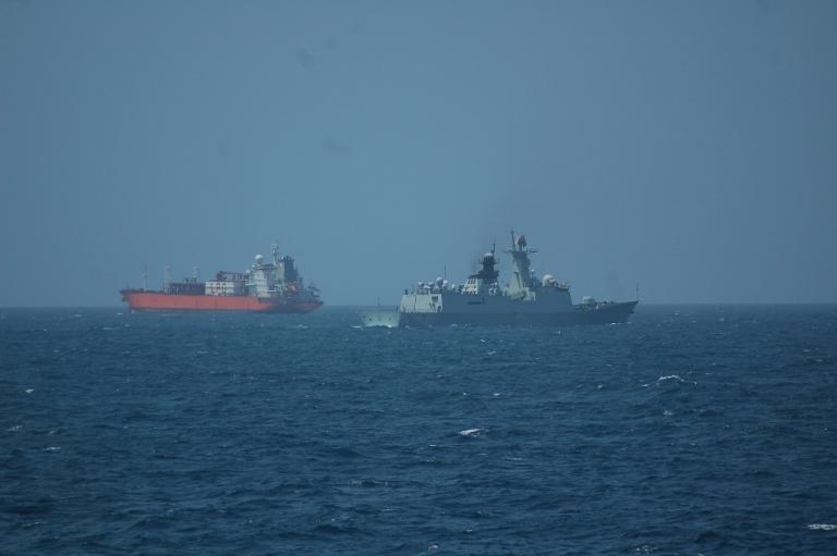 Marina Militare: nave Zeffiro assiste un mercantile in avaria