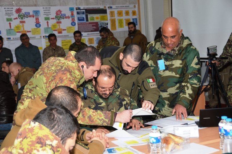 4. Esercitazione Forze di Sicurezza afgane per le elezioni- apertura-