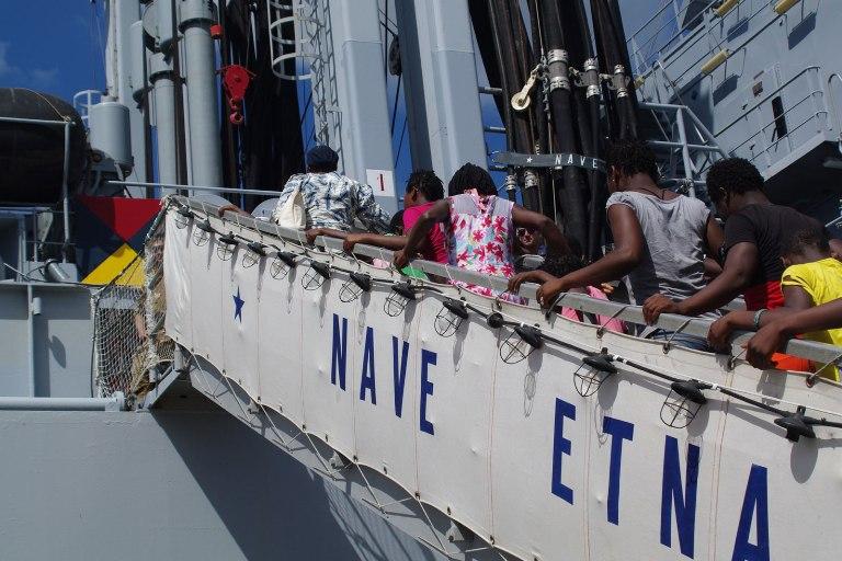 30° Gruppo Navale: Fondazione Francesca Rava N.P.H. e rifornitrice Etna in Mozambico