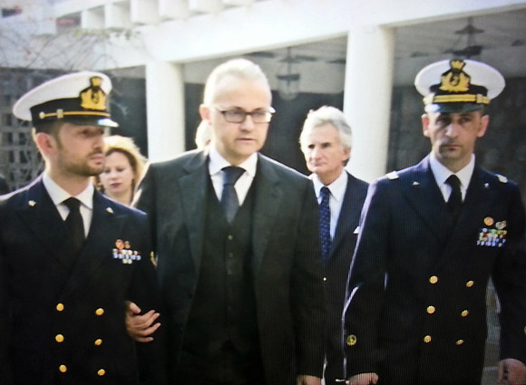 Il Ministro Mauro al fianco dei Fucilieri di Marina