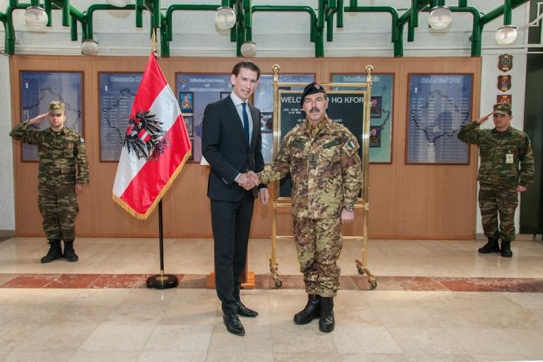 Kosovo : Generale Farina incontra Ministro Austriaco