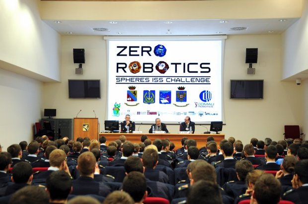 Zero Robotics alla Scuola Douhet