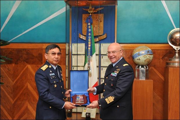 Delegazione della Royal Thai Air Force in Italia--
