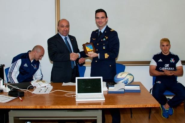 Gli allievi Marescialli incontrano la Nazionale di Rugby---