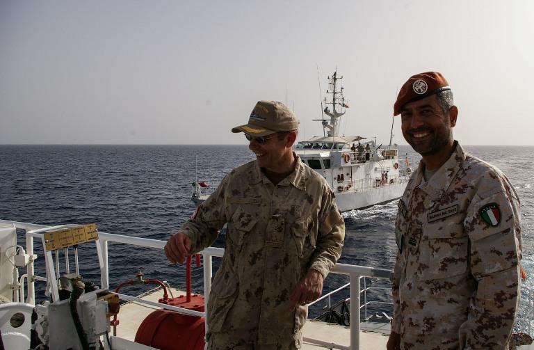 Sinai, il nuovo Comandante della MFO in pattugliamento con le navi italiane --