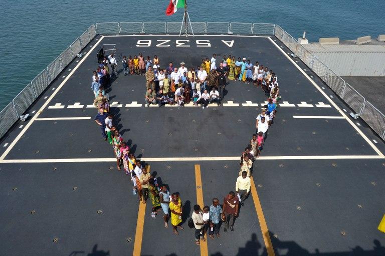 30° Gruppo Navale: Visite mediche e aiuti umanitari durante la sosta in Ghana