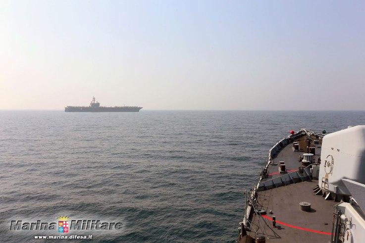 Antipirateria: nave Mimbelli in addestramento con la US NAVY  nel mar Arabico