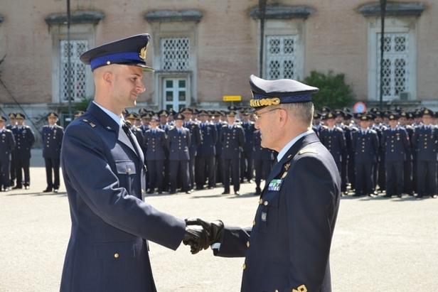 193 nuovi Sergenti dell'Aeronautica Militare---