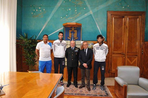 Il Capo di SMA incontra gli atleti di del Beach Volley---