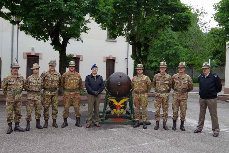 Il Generale Bernardini visita i Reparti di Supporto al Combattimento del Trentino Alto Adige --