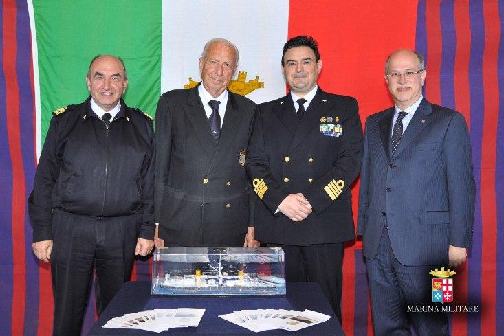 La Lega Navale dona un modellino della corazzata Duilio a…nave Duilio