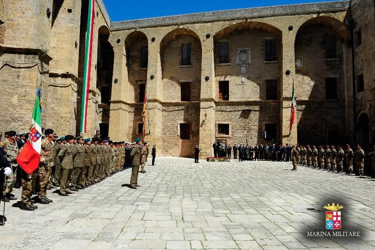 Visita del Ministro della Difesa al Comando della Brigata Marina San Marco------
