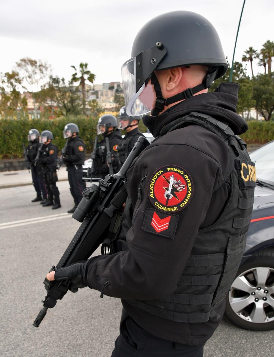 Risultato immagini per carabinieri