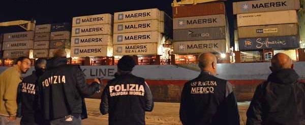 MIGRANTI: COSTA 700 EURO RISCHIARE LA VITA NEL MEDITERRANEO