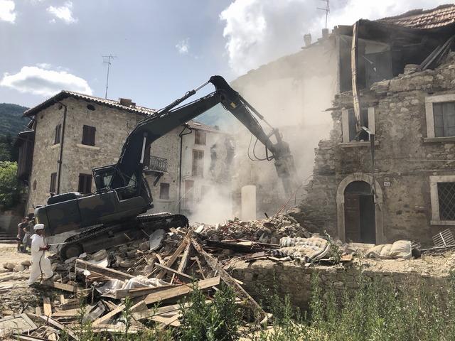 TERREMOTO CENTRO ITALIA, CONTINUA IL LAVORO DELL'ESERCITO