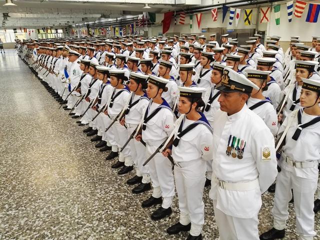 MARINA MILITARE: SCUOLA SOTTUFFICIALI DI TARANTO – I VOLONTARI IN FERMA PREFISSATA ANNUALE DEL 3° INCORPORAMENTO 2018 GIURANO FEDELTÀ ALLA REPUBBLICA ITALIANA