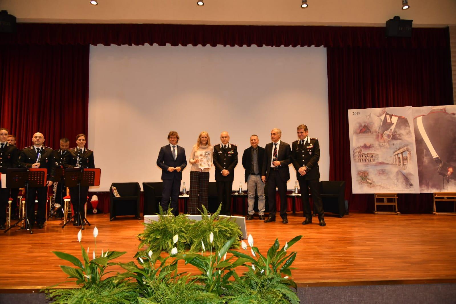 Calendario Storico Carabinieri 2020.Carabinieri Presentano Il Calendario Storico E L Agenda