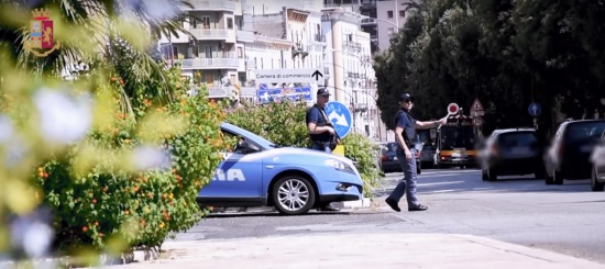 CATANIA: RIVELAVANO SU FACEBOOK I POSTI DI BLOCCO, DENUNCIATI IN DUE