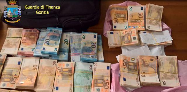 GORIZIA: INTERCETTATO ALLA FRONTIERA DENARO CONTANTE PER 18,6 MILIONI DI EURO SEGNALATI 625 SOGGETTI PER ILLECITI VALUTARI